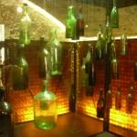 Des bouteilles…..vides..vides !!