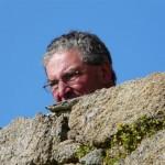 Bernard surveille